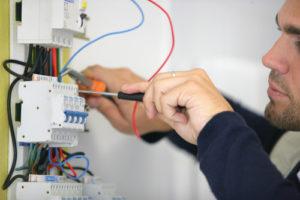 Servicio de reparaciones eléctricas Benimaclet