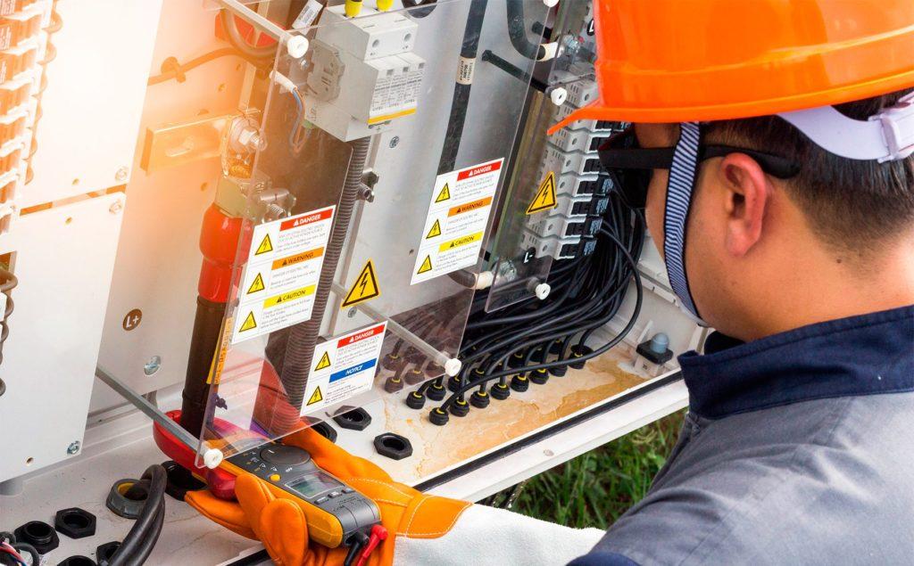 Empresa de instalaciones eléctricas Valencia profesional y con experiencia