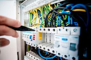 Servicio de instalaciones eléctricas Valencia profesional